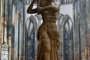 escultura-iglesia-utrecht-holanda-paises-bajos-color