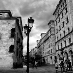 calles-de-salamanca-calle-zamora-blanco-y-negro