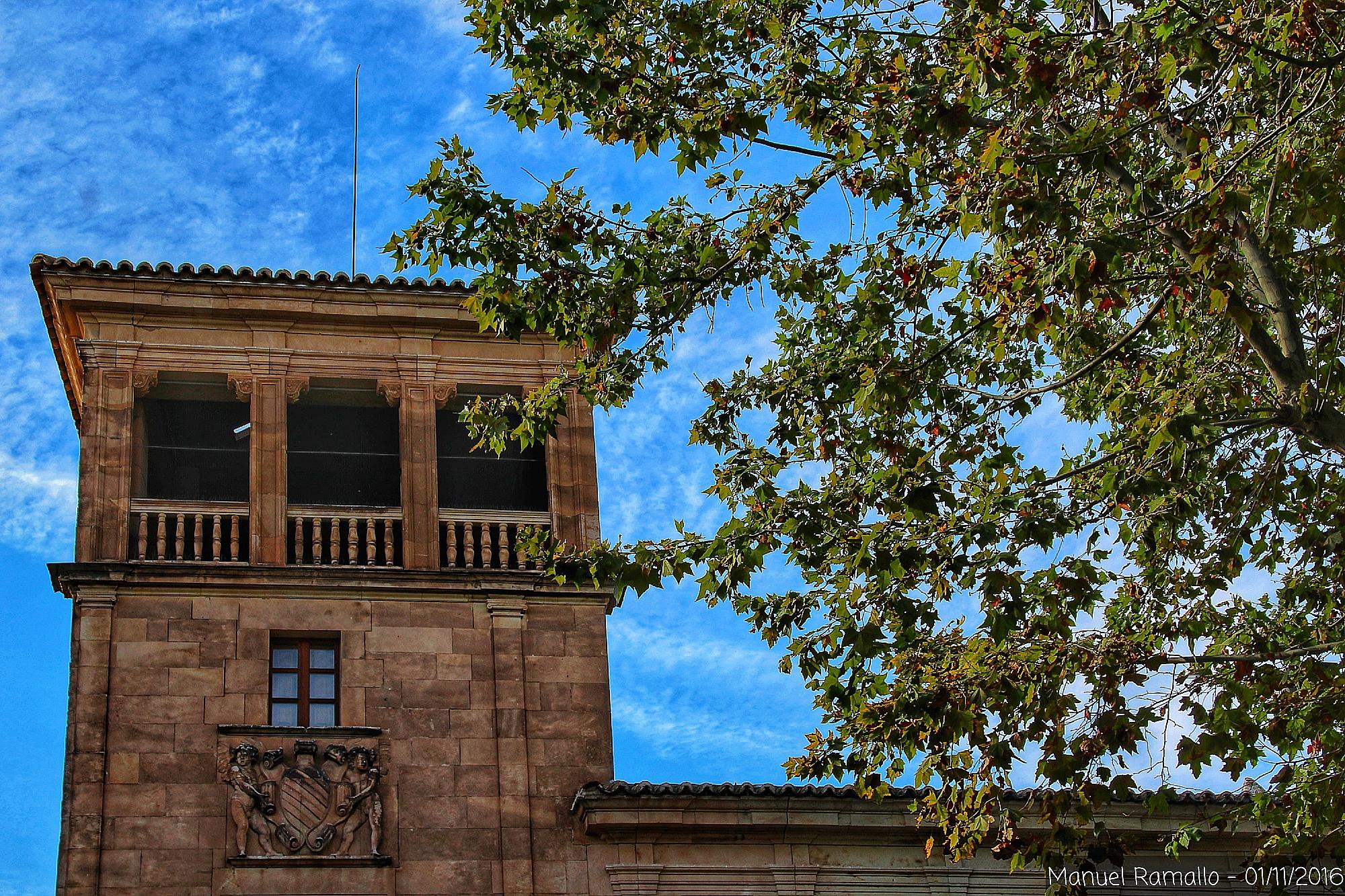 fachada-edificio-plaza-de-colon-salamanca