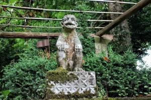 pazo-de-oca-pontevedra-escultura-mono-piedra-jardin
