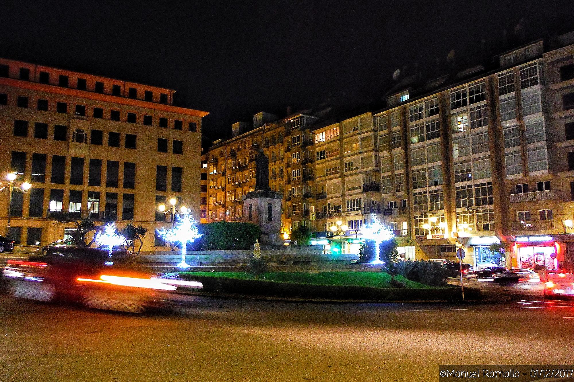 plaza-de-concepcion-arenal-noche-navidad-ourense