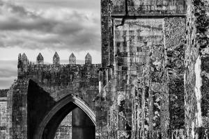 catedral-de-tui-pontevedra-blanco-y-negro