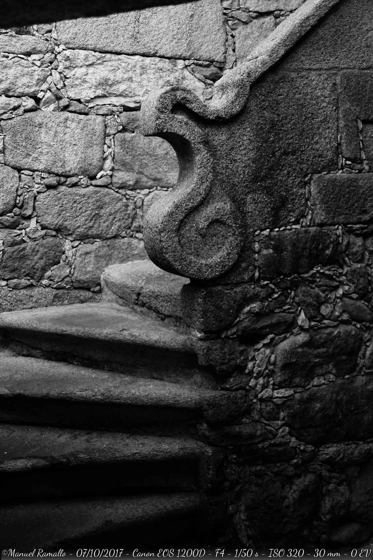 escalinata-piedra-oia-pontevedra-blanco-y-negro