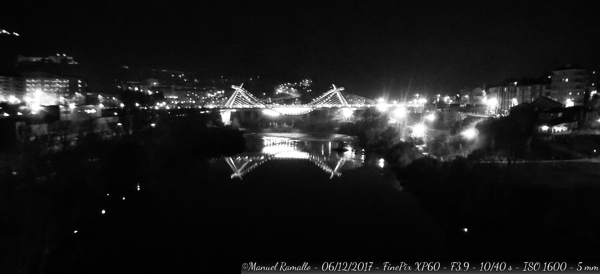puente-del-milenio-noche-ourense-blanco-y-negro