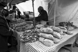 rosquillas-y-pan-en-la-feria-ourense-san-lazaro