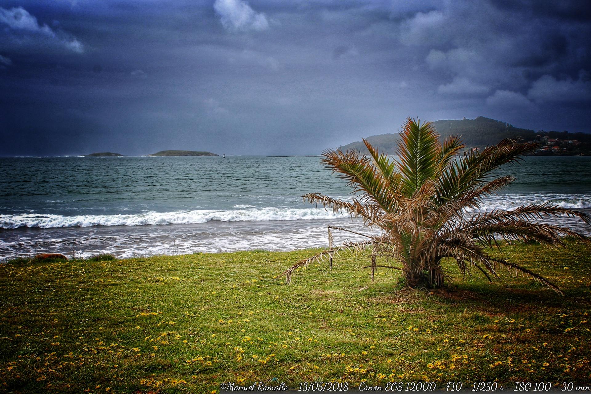 playa-america-pontevedra-nublado