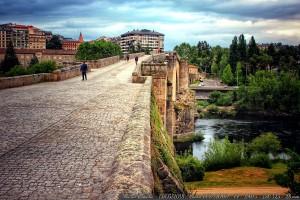 puente-romano-ourense-color-orense-nubes