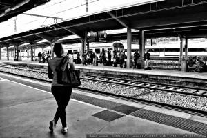 penelope-esperando-a-ulises-estacion-tren-ourense