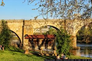 picnic-ourense-ribera-mino-puente-romano-horreo