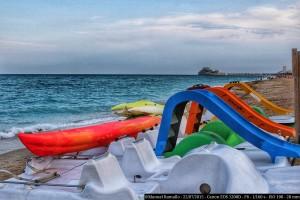 kayaks-toboganes-playa-peniscola