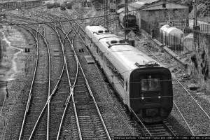 tren-vias-estacion-ourense-orense-blanco-y-negro