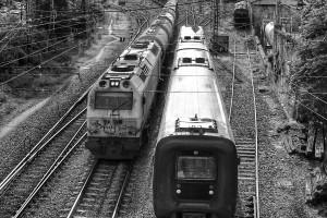 trenes-estacion-orense-ourense-empalme-blanco-y-negro