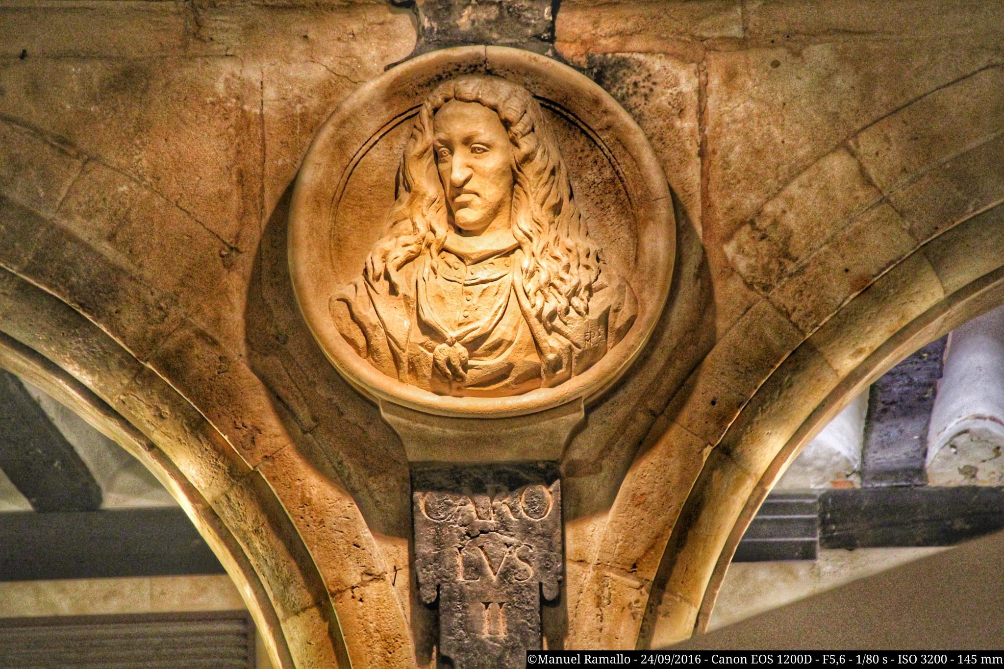 medallon-carolus-ii-carlos-ii-plaza-mayor-salamanca