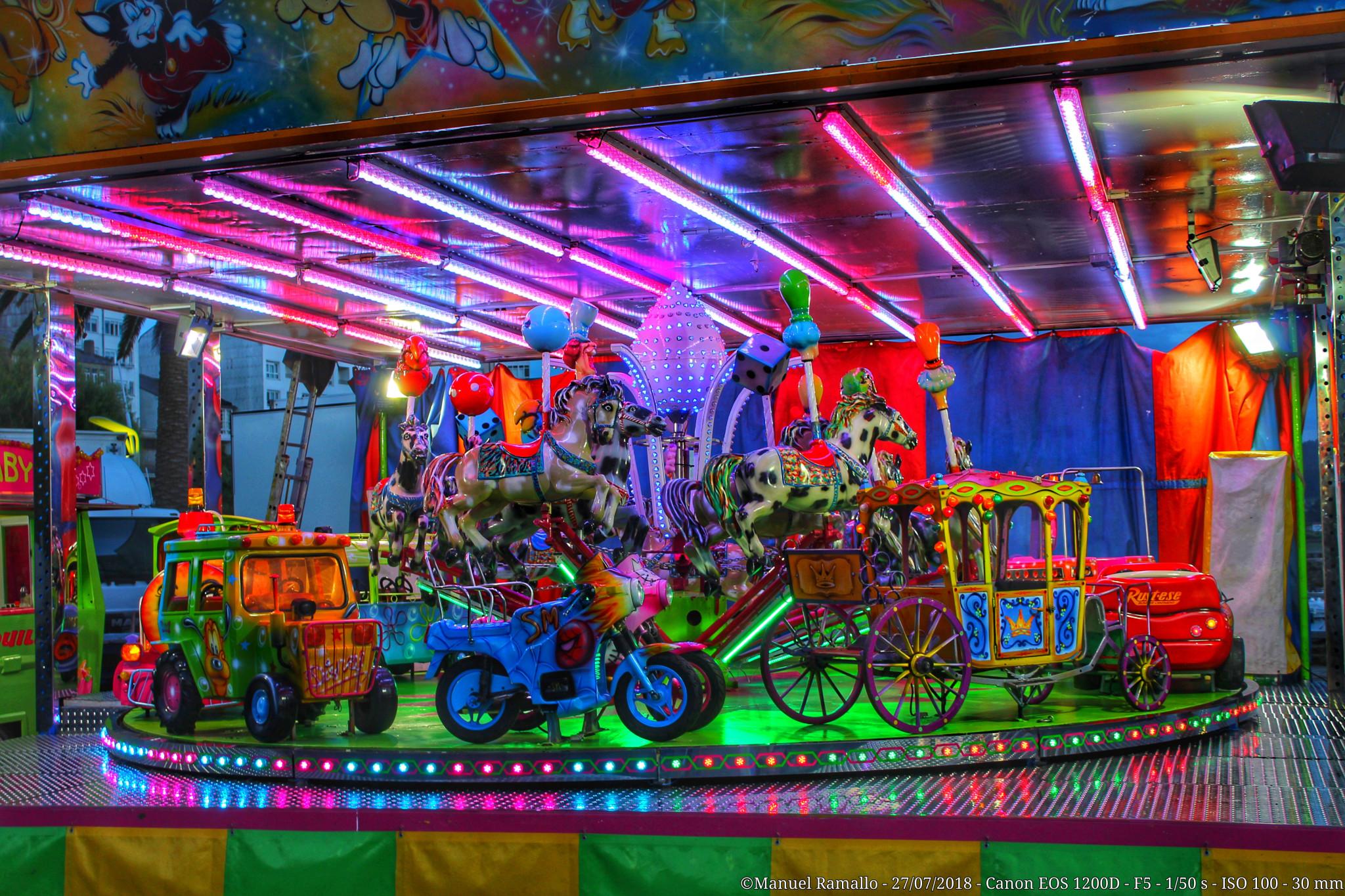 Tiovivo - Caballitos - Feria